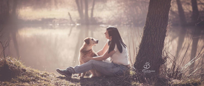 Beziehung Hund und Mensch in der Hundeschule Elementar in Steinenbronn